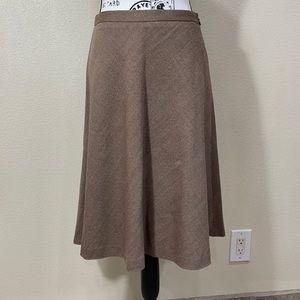 An Taylor LOFT skirt